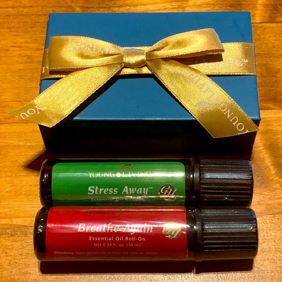 Young Living Essential Oils Gift Box 2 Roll Ons